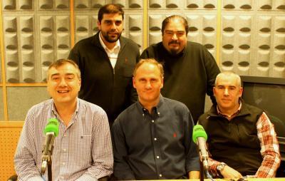 El equipo VespaDesert, a visitado los estudios de Onda Cero en Bilbao para realizar una nueva entrevista