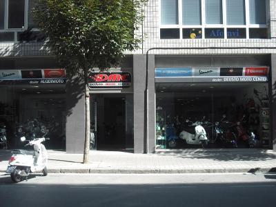 Deusto Moto Center, sponsor oficial del equipo